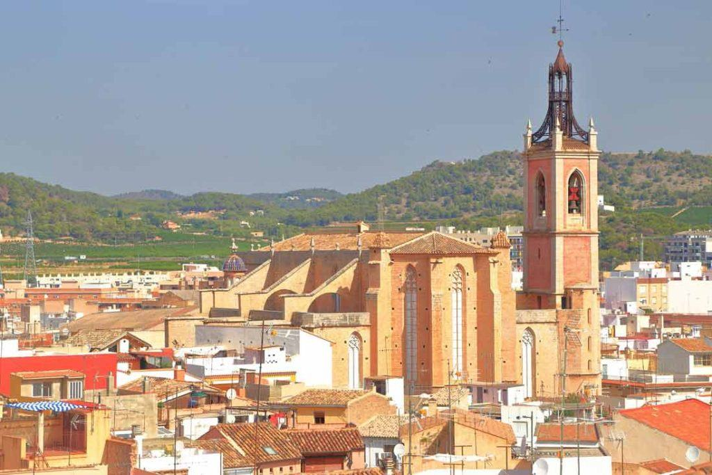 Areal view of Sagunto and the Colegiata church of Santa Maria