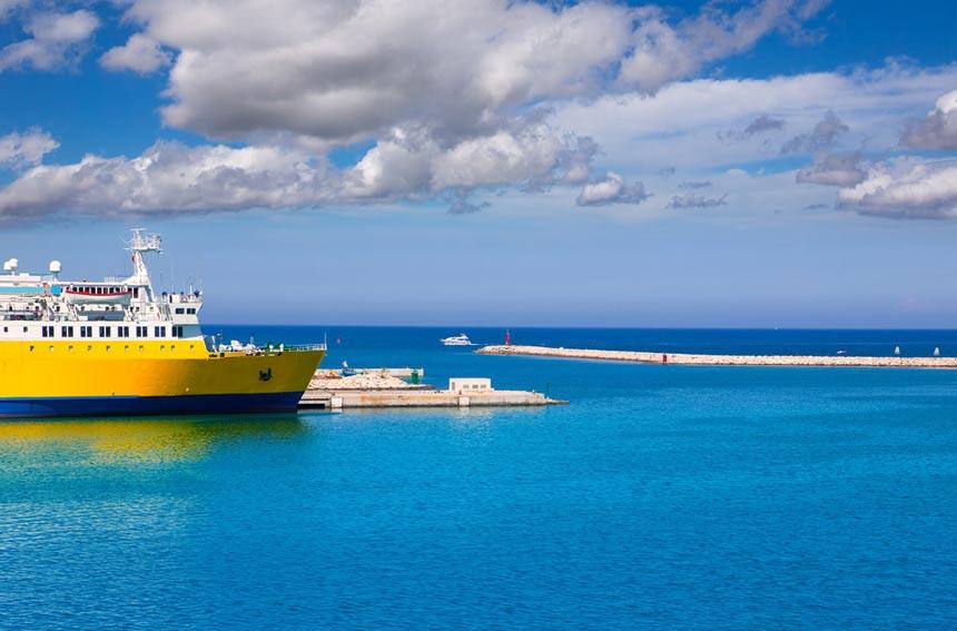 Ferry-Denia-port