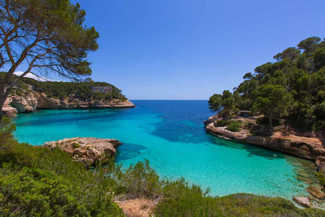 Espectacular turquois waters in Cala Mitjana southern Menorca