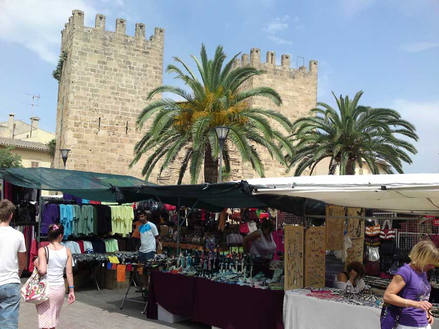 Weekly Alcudia Market under the old walls