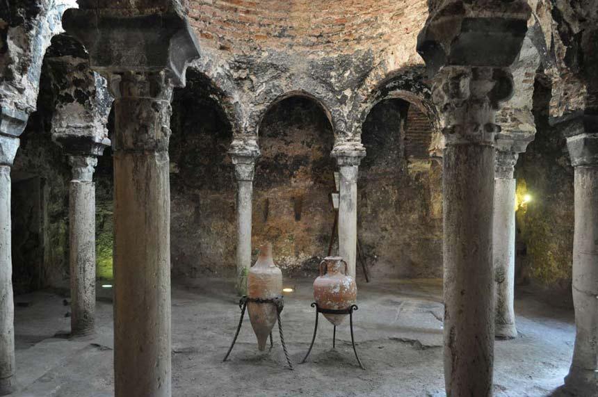 Ancient-Arab-baths-in-Palma-de-Mallorca