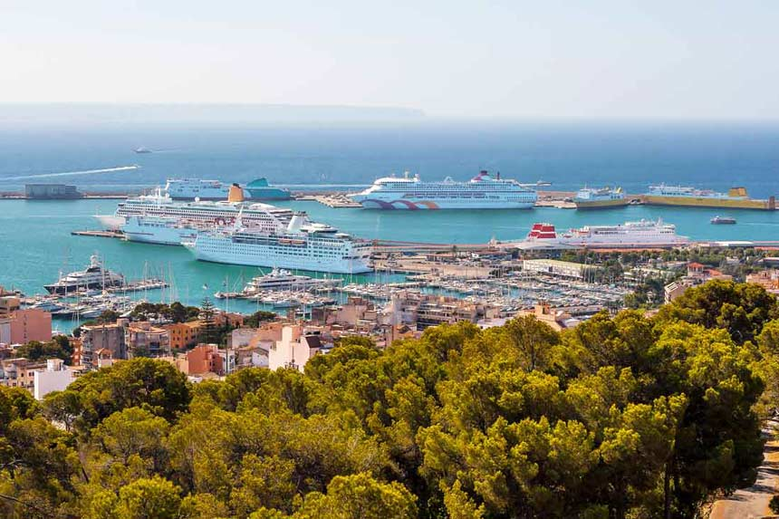 Aereal view from the port of Palma de Mallorca with many big turistic cruises