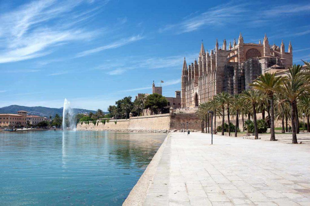 Palma Mallorca Cathedral panoramic view