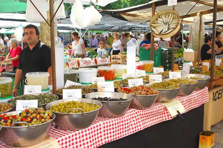 Pollensa-food-market-II