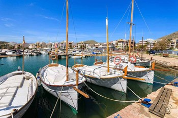 Traditional-boats-in-Port-de-Pollença-III