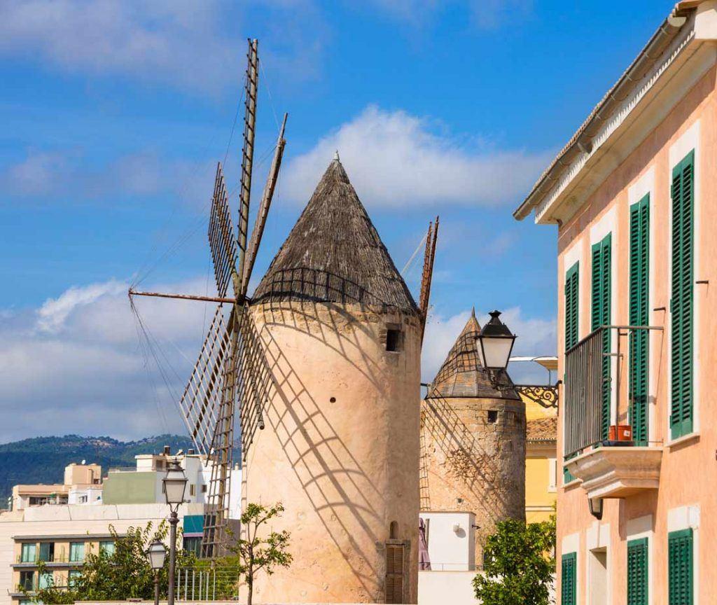 Windwill in Es jonquet quartier in Palma