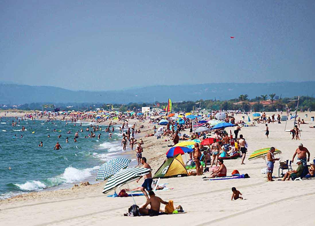 Empuriabrava beach Costa Brava What to see and do Tripkay guide