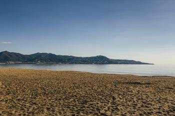 La Rubina beach in Empuria Brava (3)