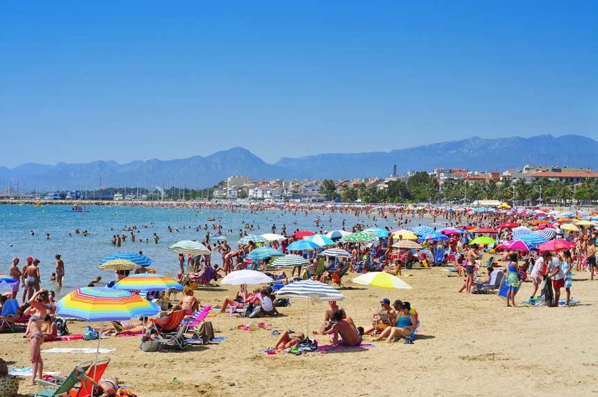 Regueral beach in Cambrils