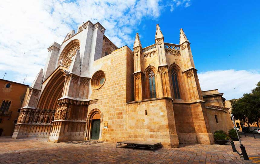 Tarragona-Cathedral-spectacular-picture