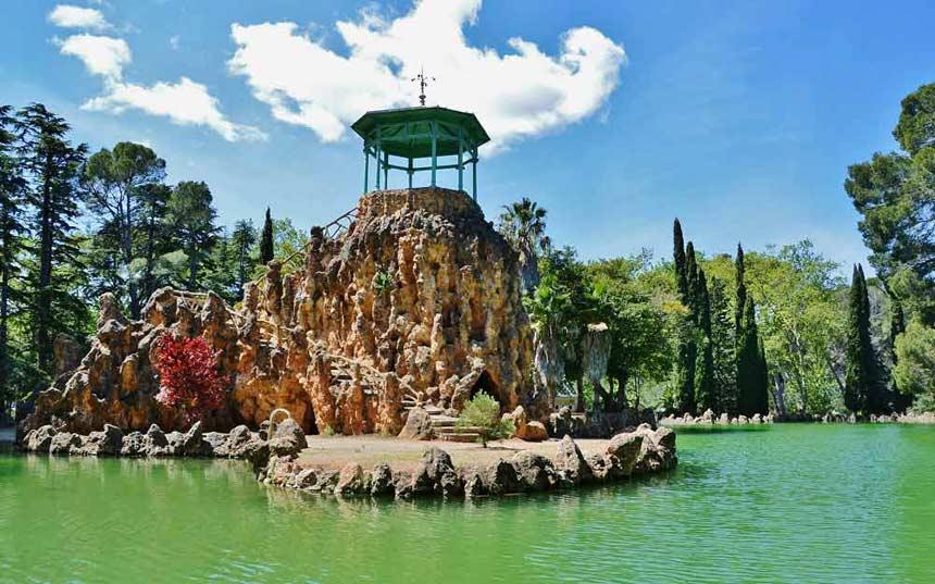Lake in Sama Park Cambrils