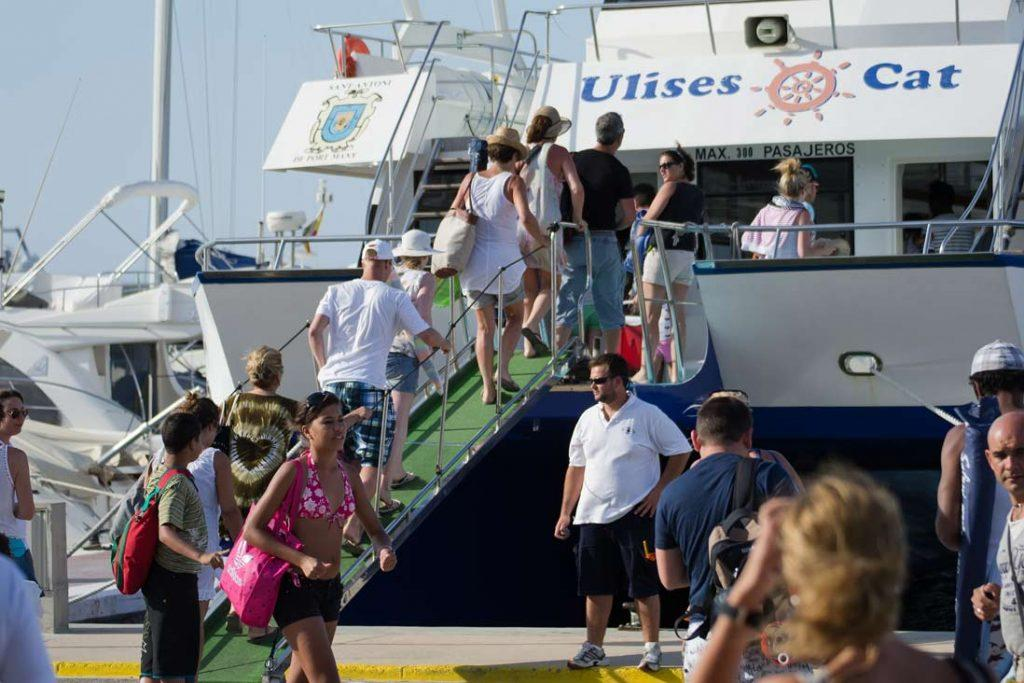 Turist arriving at Formentera port