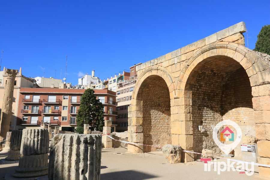 restos arqueologicos del foro colonial de Tarragona