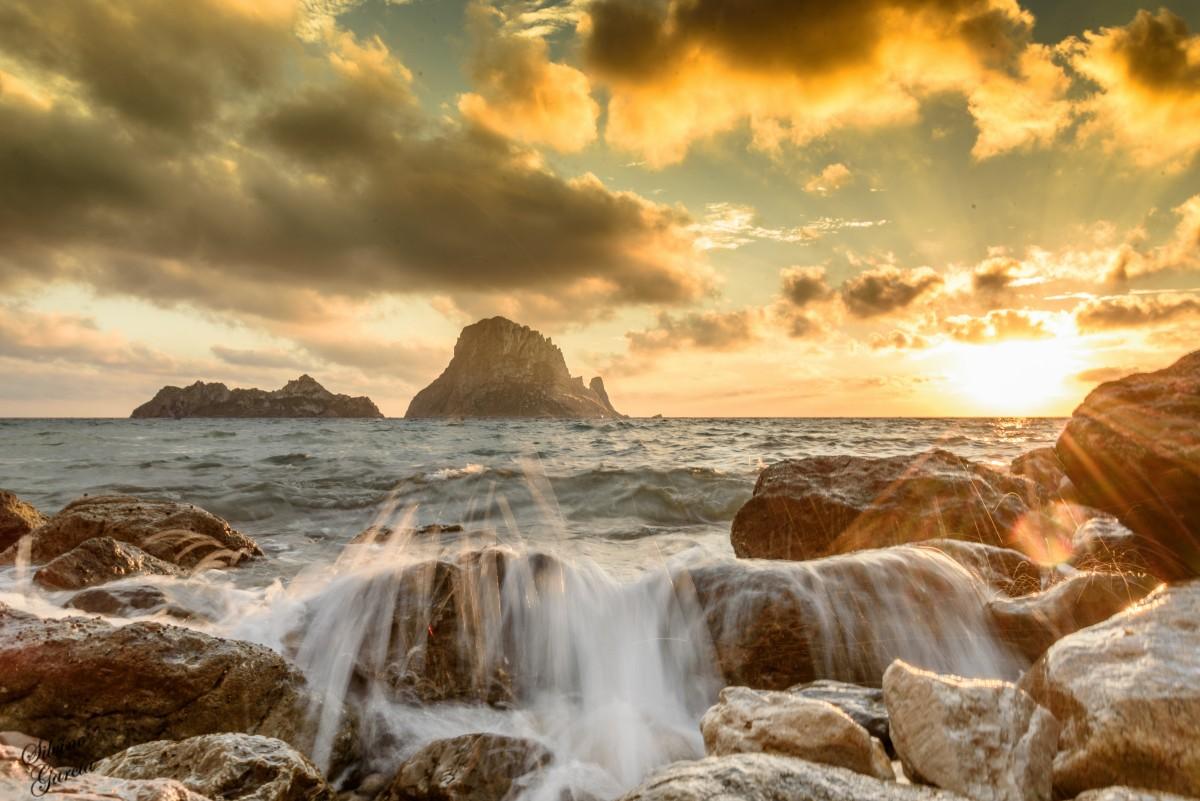 puesta de sol Ibiza Tripkay