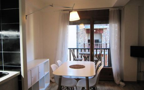 Apartment for 4 people in El Forn