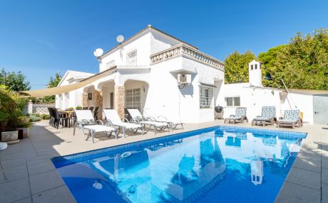 House for 11 people in Empuriabrava