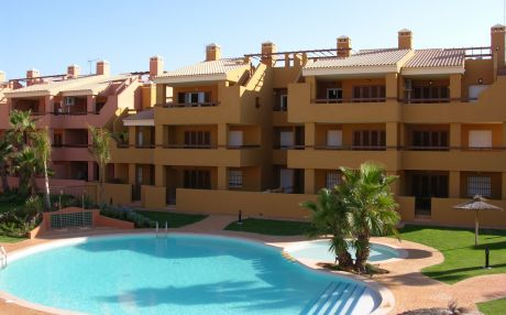 Apartment with pool for 4 people in Mar de Cristal