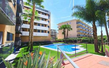 Apartment for 4 people in La Pineda
