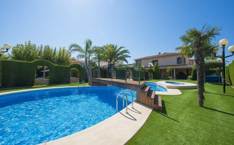 Villa for 14 people in Calpe