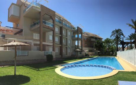Apartment for 6 people in Denia