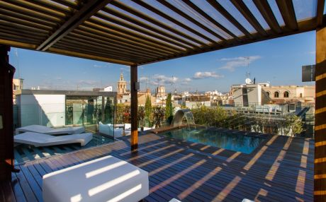 Apartment for 10 people in the city of Valencia