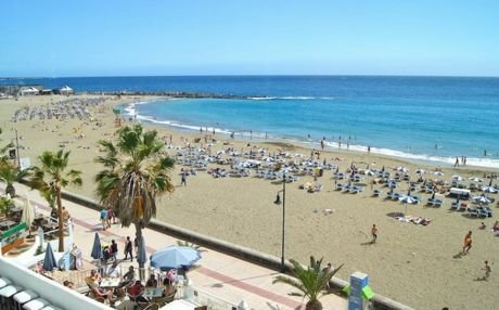 Apartment by the sea for 4 people in Los Cristianos