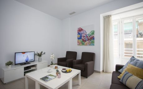 Apartment for 8 people in the city of Valencia