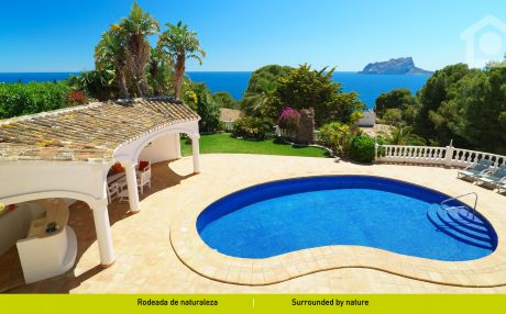 Villa for 9 people in Moraira