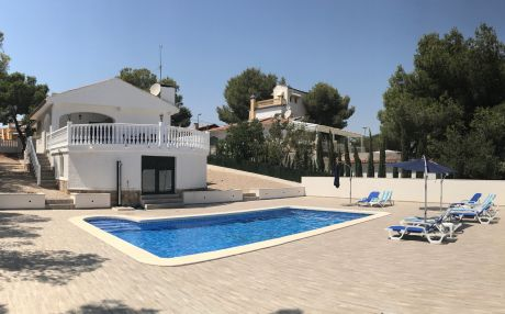 Villa for 8 people in Pilar de la Horadada