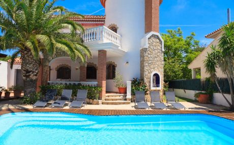 Villa for 10 people in Miami Playa