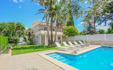 Villa for 11 people in Cambrils