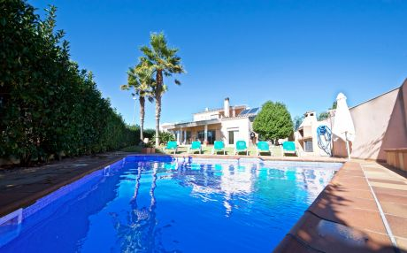 Villa for 12 people in Ampolla