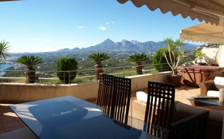 Apartment for 6 people in Altea