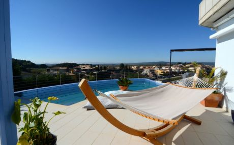 Villa for 10 people in Escala