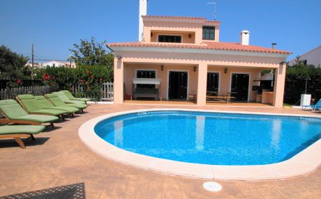 Villa for 12 people in Binibeca