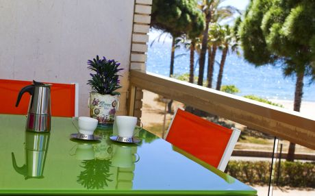 Apartment for 9 people in Cambrils