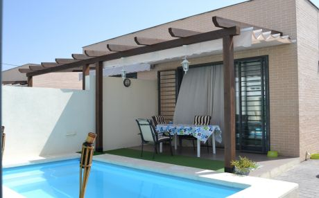 Bungalow for 5 people in Oliva