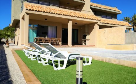 Villa for 12 people in Ametlla