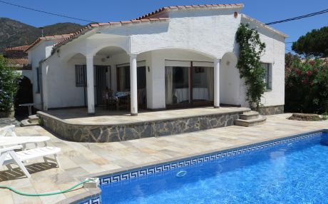 Villa for 5 people in Rosas / Roses
