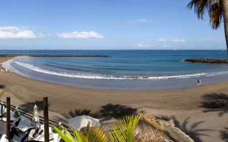 Well connected apartment for 4 people in Playa de Las Americas