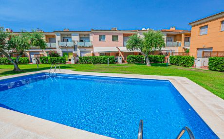 House with pool for 5 people in Cambrils