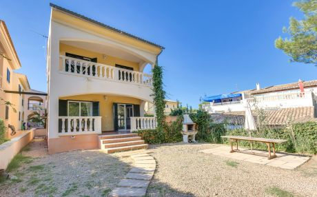 Villa for 7 people in Platja de Muro