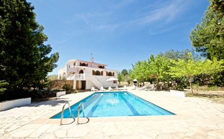 Villa with garden view for 13 persons in Ampolla