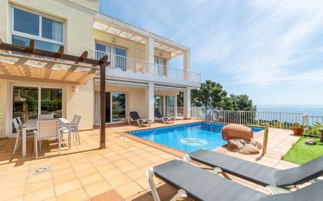 Villa for 7 people in Blanes