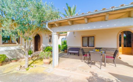 Villa for 4 people in Campos
