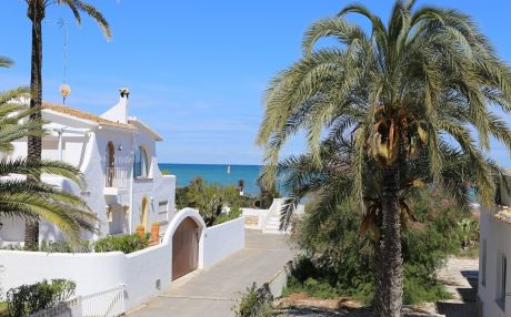 Villa for 7 people in Denia