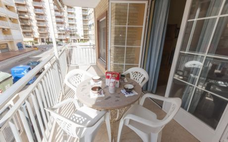 Apartment for 8 people in Gandia
