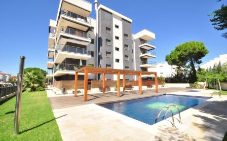 Modern apartment for 6 people in Cambrils