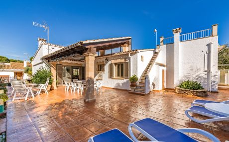 Chalet for 8 people in Playa de Muro