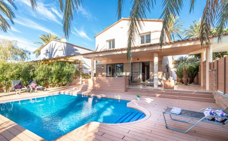 Villa for 10 people in Empuriabrava